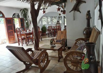 hotel la cabaña del viajero izabal guatemala (10)