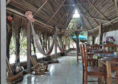 hotel la cabaña del viajero izabal guatemala (13)