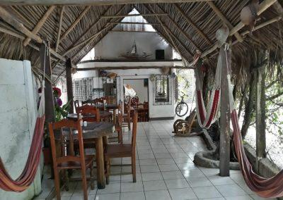 hotel la cabaña del viajero izabal guatemala (14)