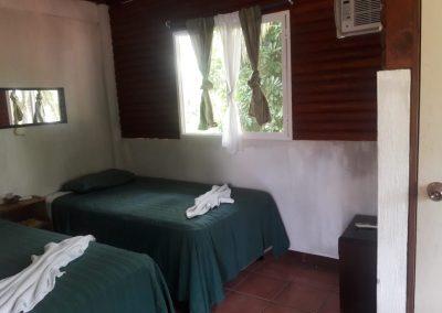 hotel la cabaña del viajero izabal guatemala (19)